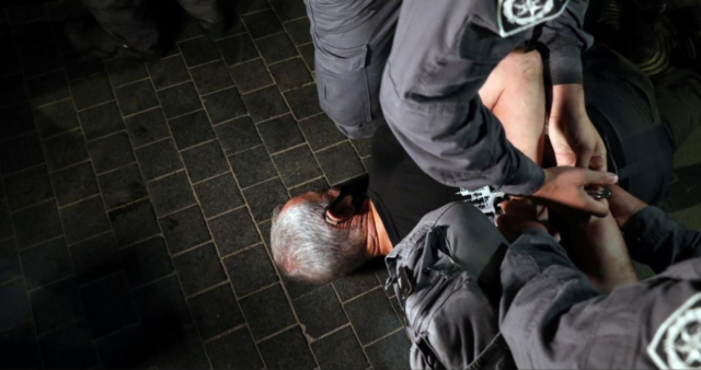 Anti-Netanyahu protest / photo by Uri kadish filming his 68 years old father arrent/ Twitter
